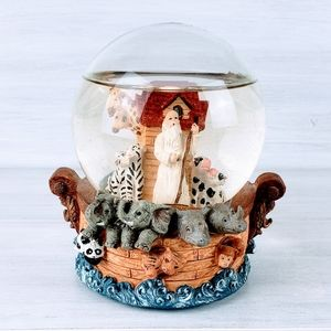 Noah's Ark Snow Globe Music Box